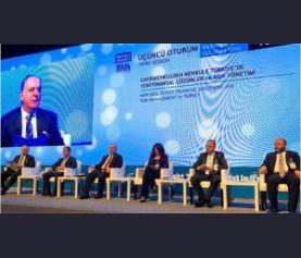 Gayrimenkulden Menkule Türkiye'de Gayrimenkulde Yeni Finansal Çözümler ve Risk Yönetimi' başlıklı panel düzenlendi.